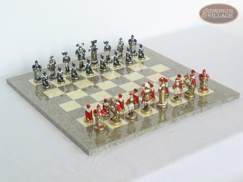 Magnificent Chessmen with Spanish Lacquered Board [Grey]