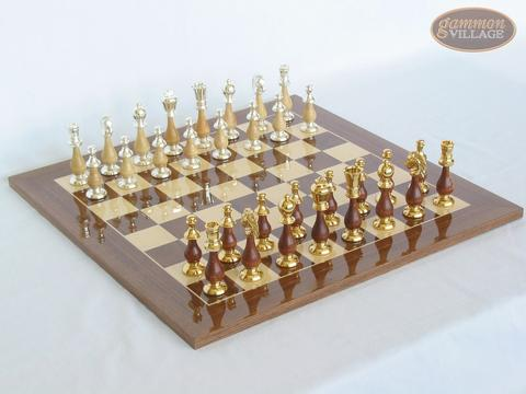 Modern Italian Staunton Chessmen with Spanish Lacquered Chess Board [Wood]