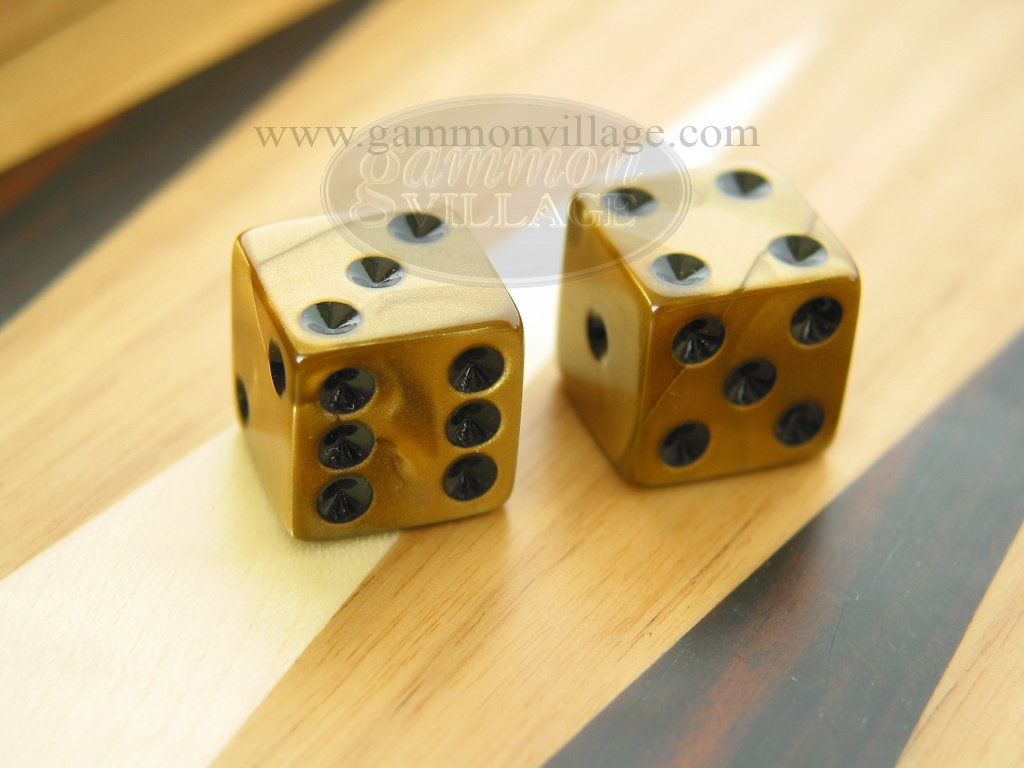 5/8 in. Square High Gloss Swoosh Dice - Gold (1 pair)
